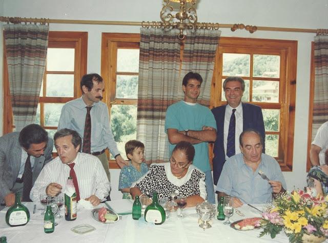 Ο ΚΥΡΙΑΚΟΣ ΜΗΤΣΟΤΑΚΗΣ ΣΤΗΝ ΜΟΥΡΓΚΑΝΑ ΤΟ 1990 (+ΦΩΤΟ)
