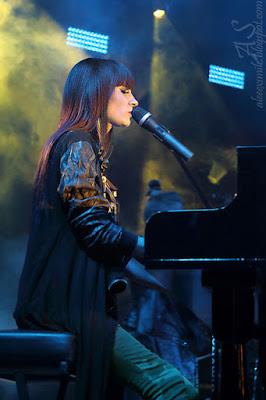 Sylwia Grzeszczak Koncert Kobierzyce 24.08.2014, relacja z koncertu, zdjęcia, fotografia koncertowa