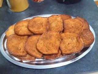 Torrijas de pan fritas con leche sin lactosa