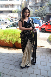 Neetu Chandra in Black Saree at Designer Sandhya Singh Store Launch Mumbai (12).jpg
