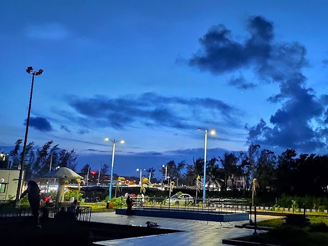 night view at mandamani sea beach @doibedouin