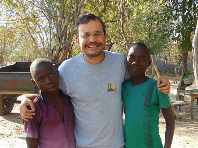 Leo en Zimbabue