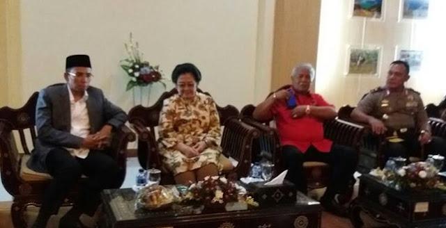 Dukung Jokowi, Etika Organisasi TGB Dinilai Kurang