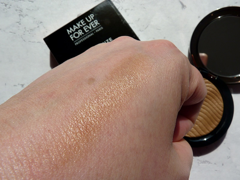 MUFE PRO BRONZE FUSION 20M Sand swatches