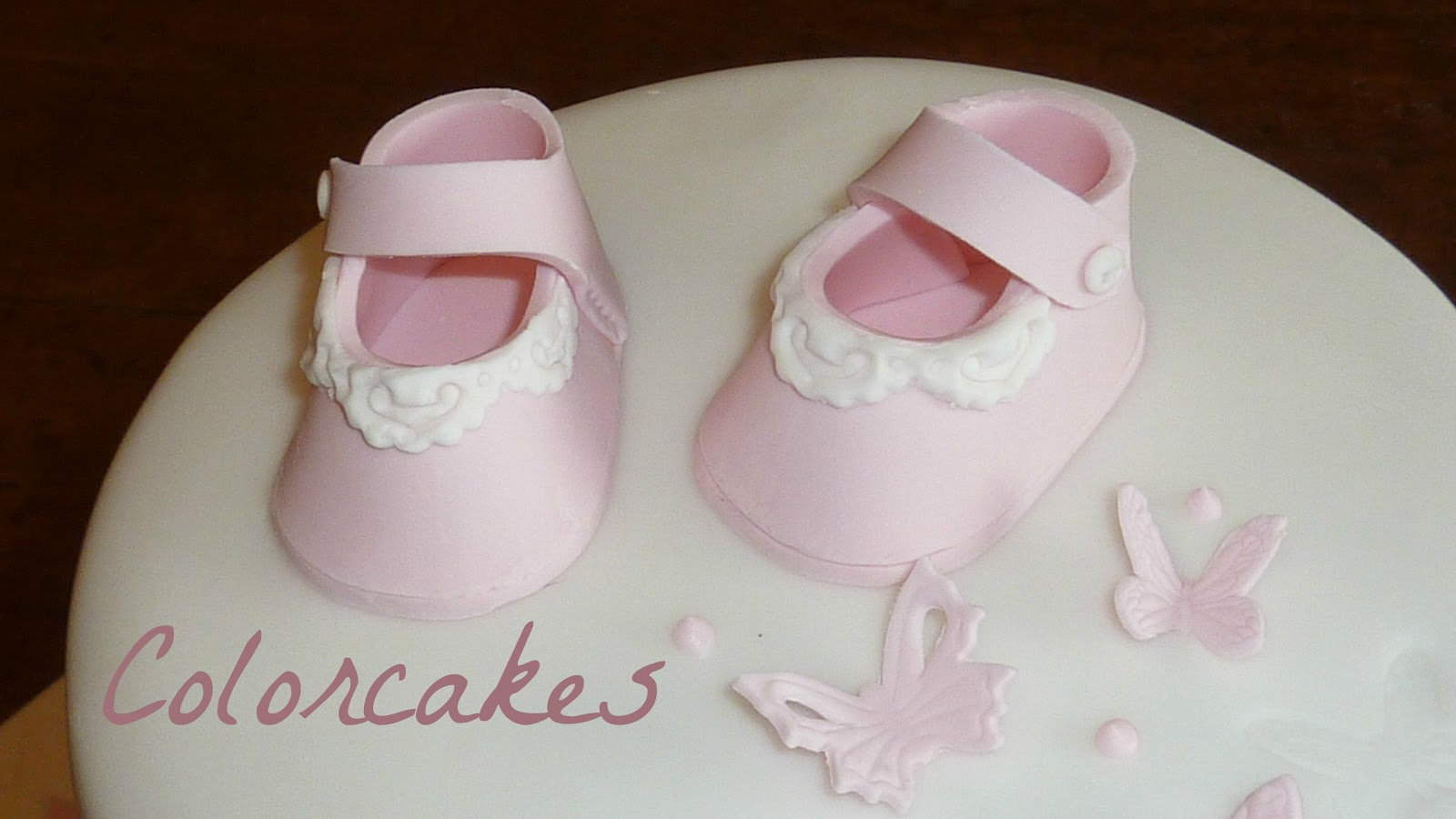 Colorcakes Bapt 234 Me Papillons Et Chaussons