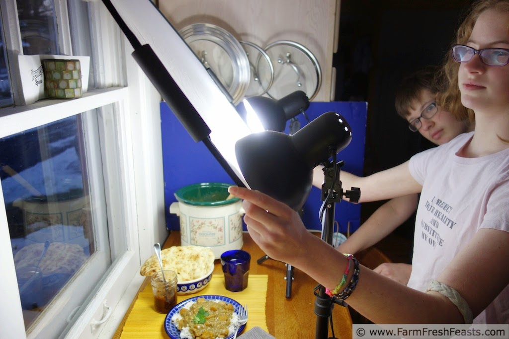 behind the scenes--how to take a photo of a plate of curry on a dark winter evening with artificial lights
