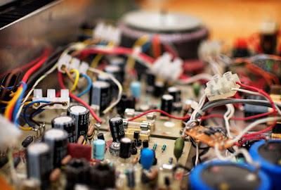 Masalah Pada Power Amplifire suara Serak suara tidak bersih