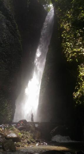 Air Terjun Temiangan