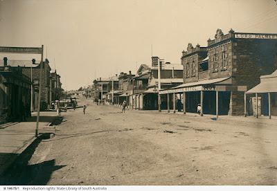 View of Main Street Kapunda c 1900