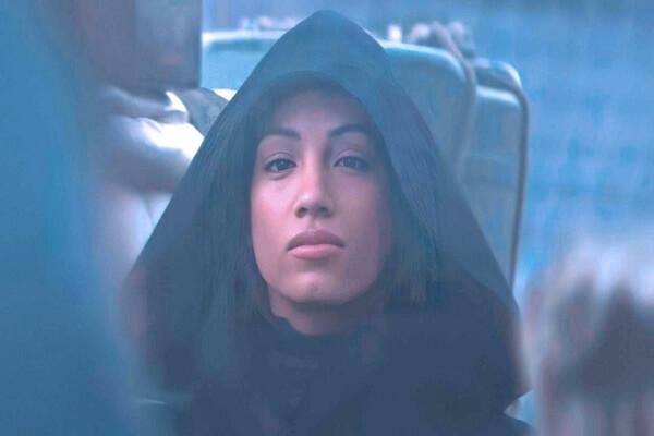 ساشا بانكس تظهر في مسلسل الخيال العلمي The Mandalorian (فيديو)