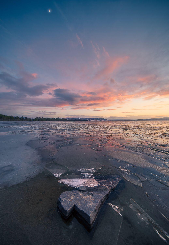 Лед на берегу