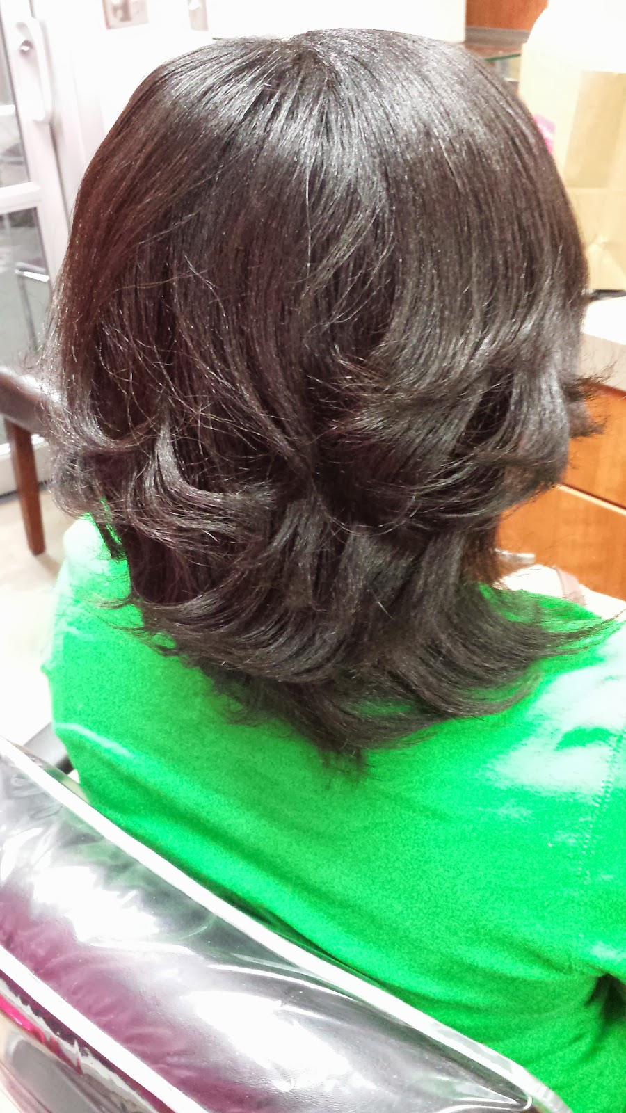 how to properly apply a relaxer