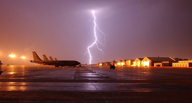 airplanes and lightning strike