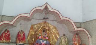 नवनिर्मित मन्दिर में मां दुर्गा के सभी रूपों सहित अन्य देवी-देवताओं की हुई प्राण प्रतिष्ठा | #NayaSaberaNetwork