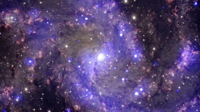 Τα αστέρια, όχι το σκοτάδι, κυριαρχούν στο κέντρο του γαλαξία μας