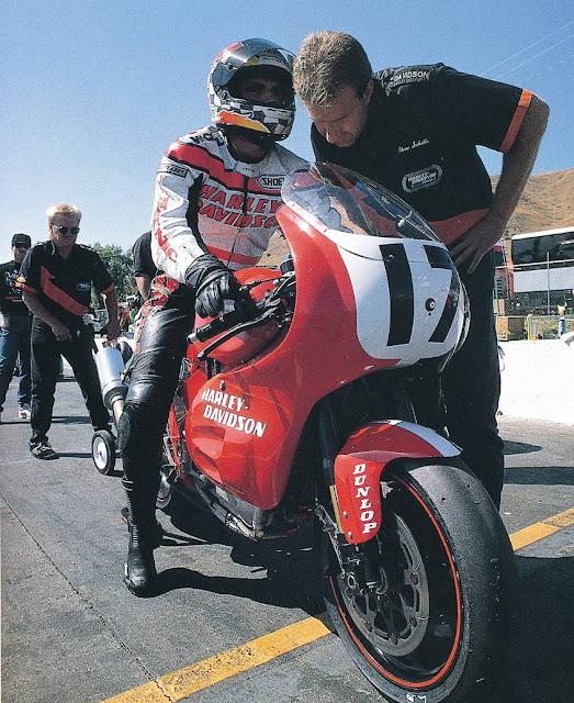 Miguel Duhamel Harley-Davidson VR1000