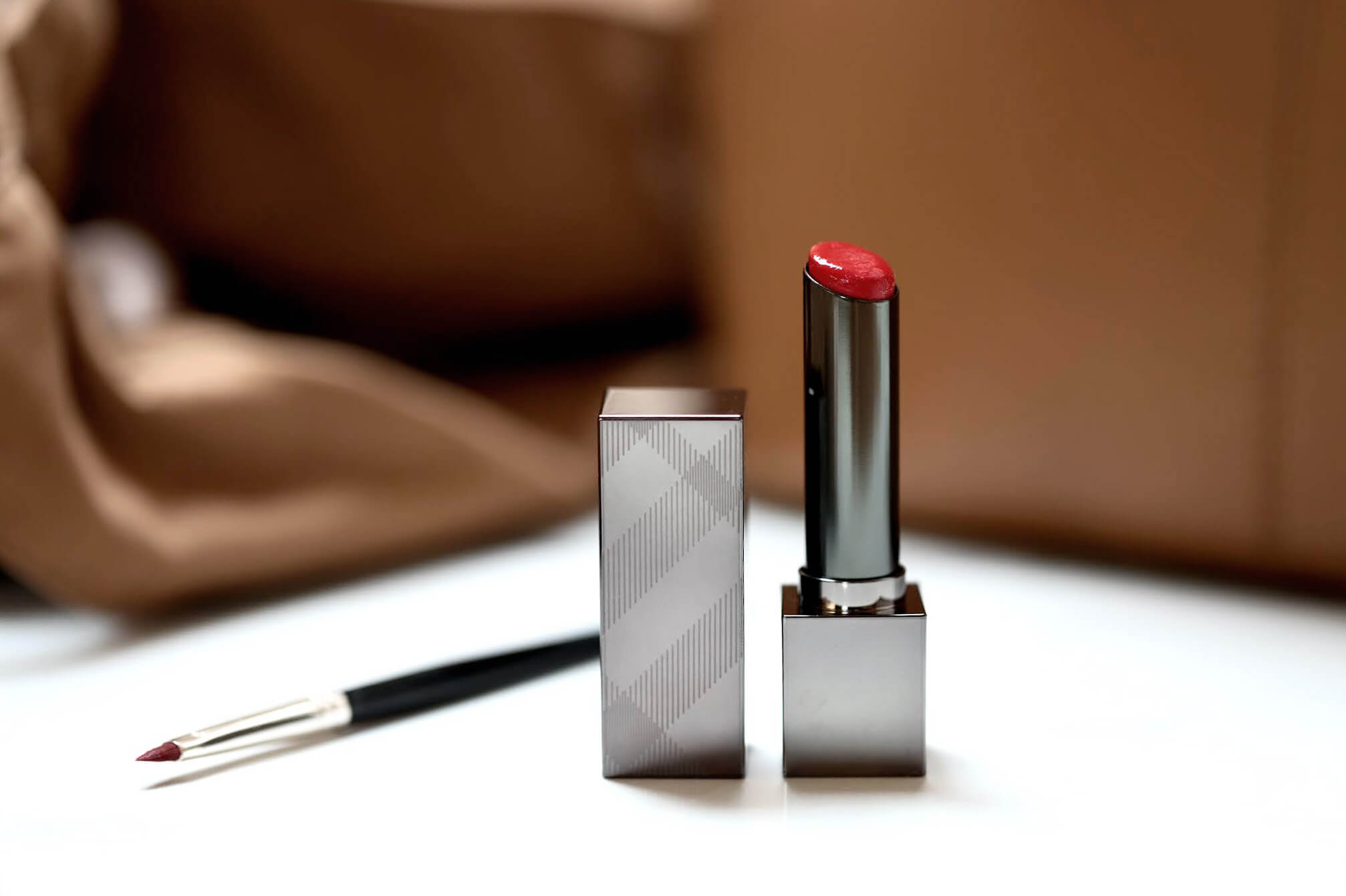 Burberry Kisses Sheer 305 Military Red