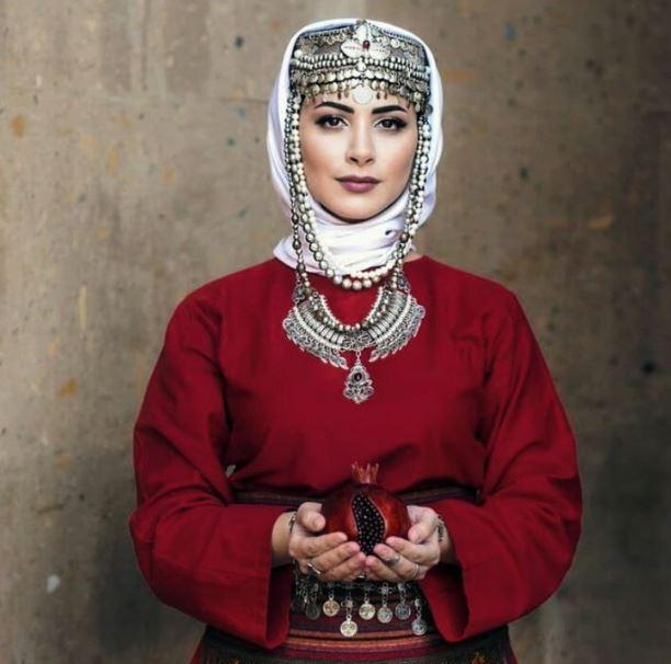خصائص الفتاة الأرمينية النموذجية