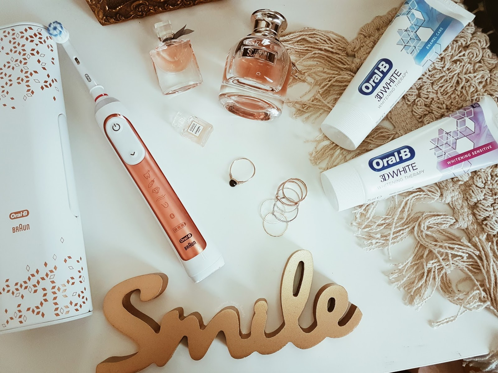 avis-dentifrice_oral-b-3d-white-whitening-therapy-brosse-a-dents-genius-9000n-rosegold-concours-mama-syca-beaute