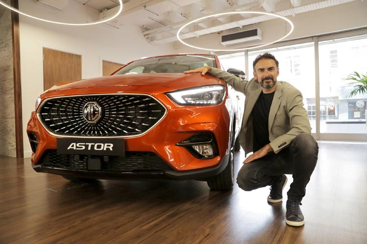 Rajeev Chaba, President and MD, MG Motor India unveiling Astor