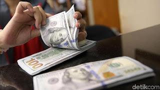 Rupiah 'Berotot', Dolar AS Pagi Ini Digencet ke Rp 14.265