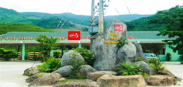 Thác trượt Hòa Phú Thành - Đà Nẵng xua đi cái nắng mùa hè 1