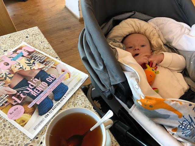 Kahvilareissukaan ei vauvan kanssa mene aina suunnitelmien mukaan