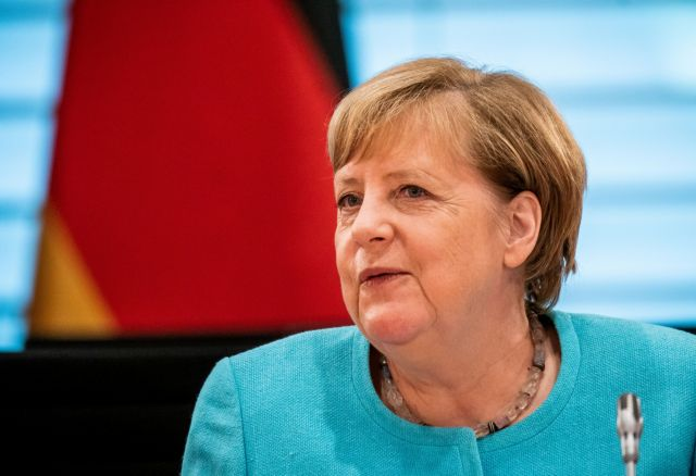 Παρέμβαση Μέρκελ: Αναγκαίος ο διάλογος Ελλάδας - Τουρκίας για ΑΟΖ
