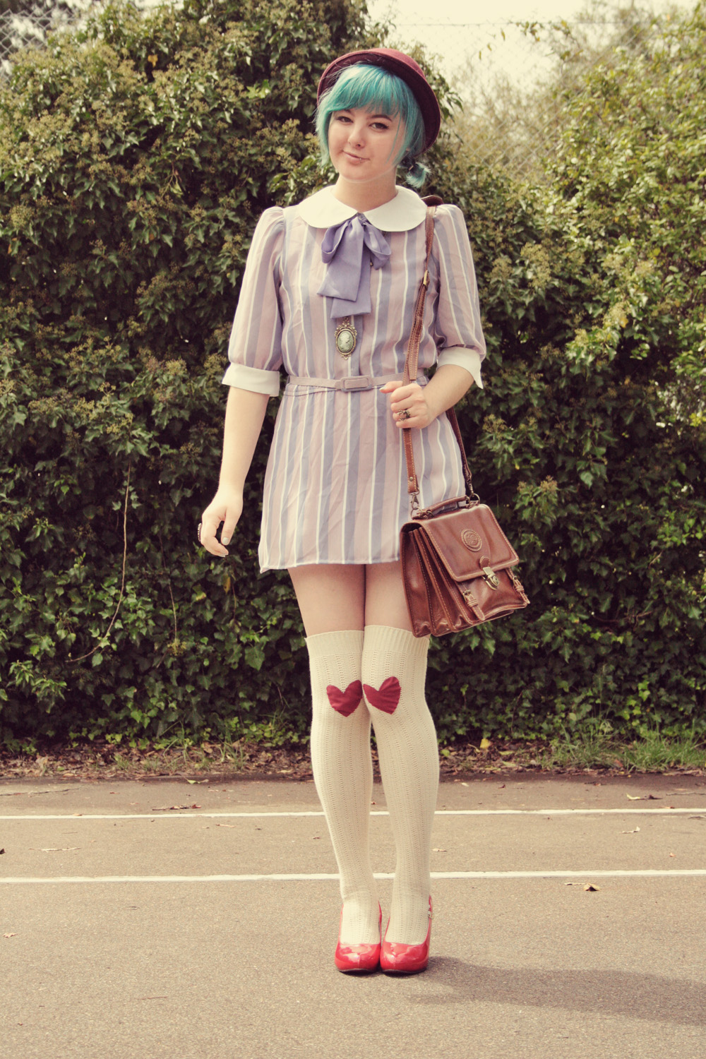 The Pineneedle Collective: DIY Knee Patches & Vintage Dresses