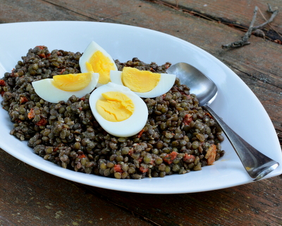 Julia Child's Lentil Salad ♥ AVeggieVenture.com, soft, meaty lentils in a simple garlicky vinaigrette, served warm, at room temperature or cold. Healthy Legume Salad. Autumn Herbs. Great for Meal Prep. Vegan. Low Carb.