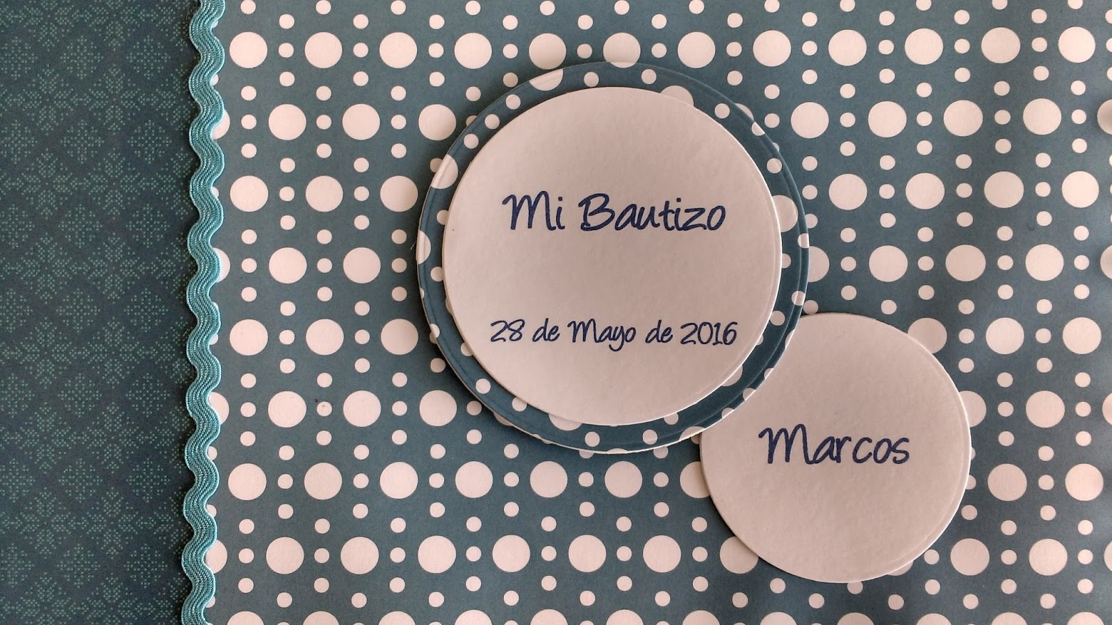 scrapbooking botón rojo: Libro de Bautizo...