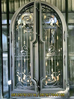 model-pintu-besi-tempa-mewah-klasik-Dzaky-Jaya