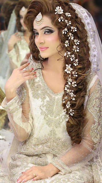 Bridal Makeup & Hairstyle Wallpaper