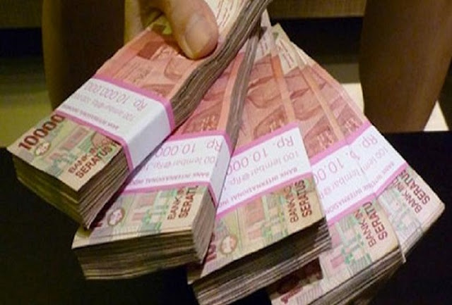 Seorang PNS Kembalikan Uang Rp 86,2 Juta yang Ditemukannya di Jalan