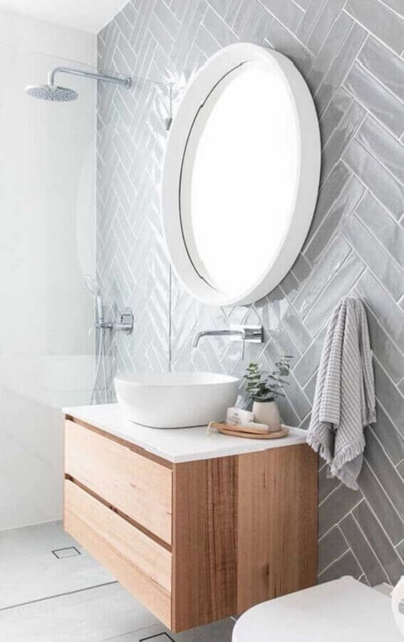 Clean decor with round mirror for bathroom with white frame