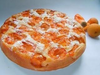 Пирог с абрикосами.