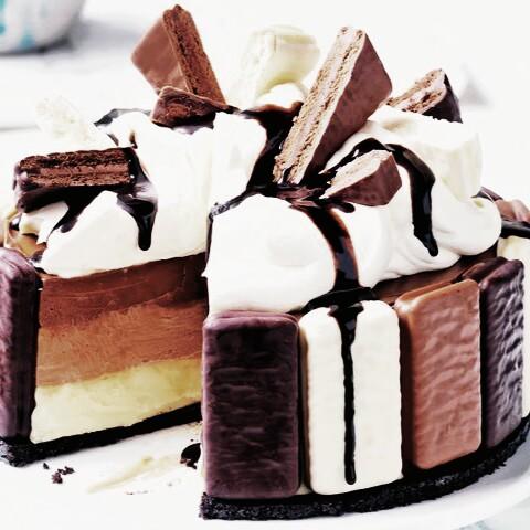 tarta-de-queso-tradicional-con-un-toque-de-chocolate