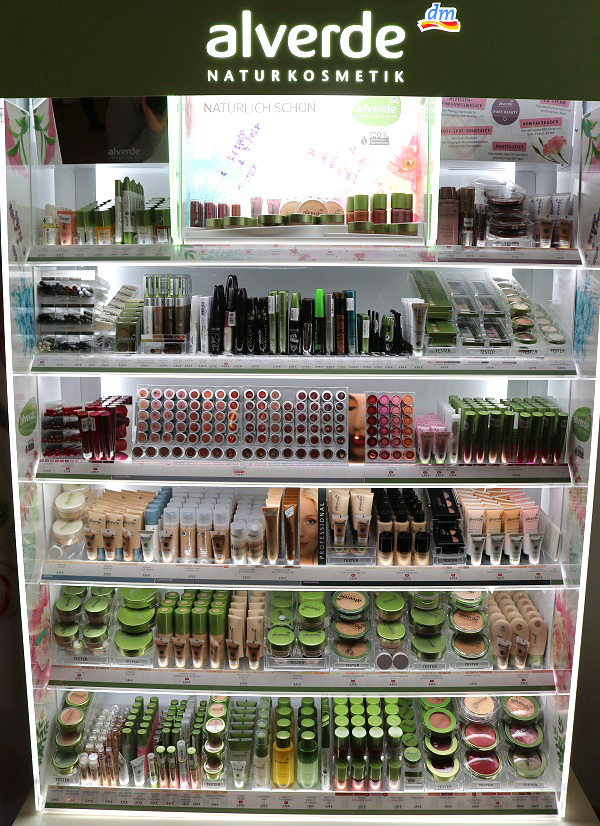 486e1637f4c Glam & Shine - Beautyblog: dm alverde: Größere Theke, neues ...