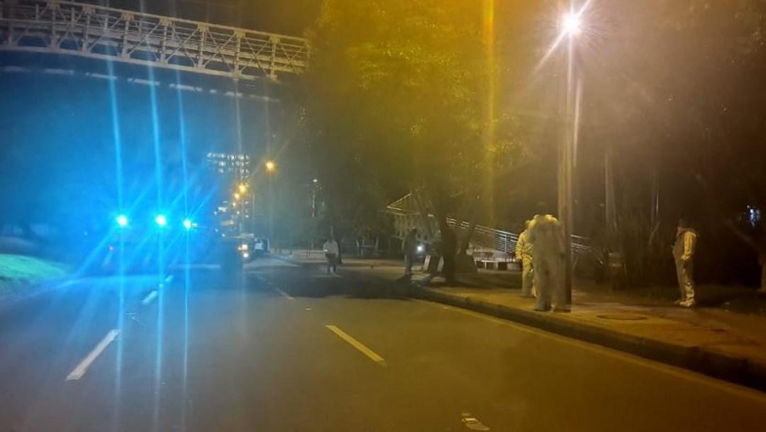 En Bogotá; Colombia también hay héroes anónimos, Peatón mata a tres hombres que lo querían asaltar