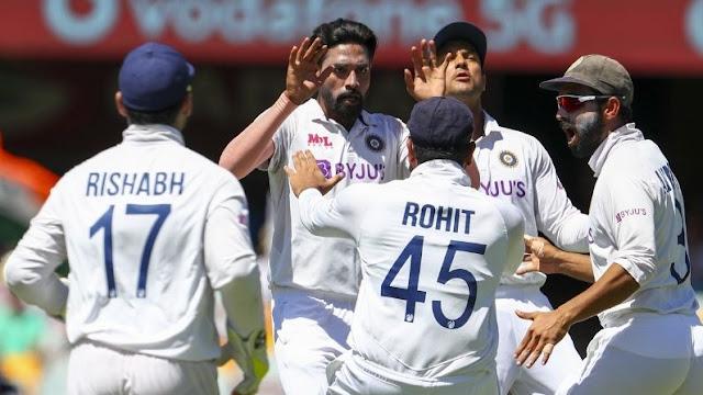 ऑस्ट्रेलिया की पहली पारी 369 रनों पर खत्म, लंच के बाद टीम इंडिया करेगी बल्लेबाजी