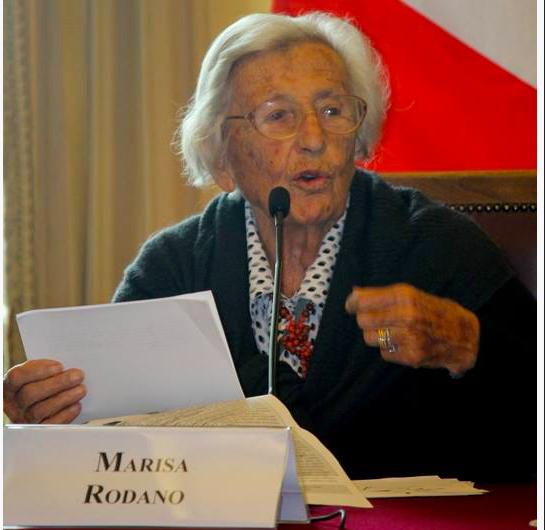 منح الجنسية الصحراوية للمتضامنة الإيطالية ''ماريزا رودانو'' يعكس عرفان وإمتنان الشعب الصحراوي لجهودها (بيان).