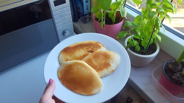 Pancake w roli głównej - prosty przepis na szybki piątkowy obiad.