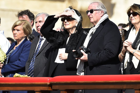 Former King Albert II of Belgium and Queen Paola of Belgium attended the Easter Mass celebrated by Pope Francis in St. Peter's square, Diamond Tiara, diamond erarrings, baracelet, wedding dress