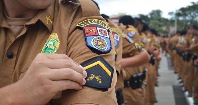 Policiais militares são presos por beber cerveja durante serviço