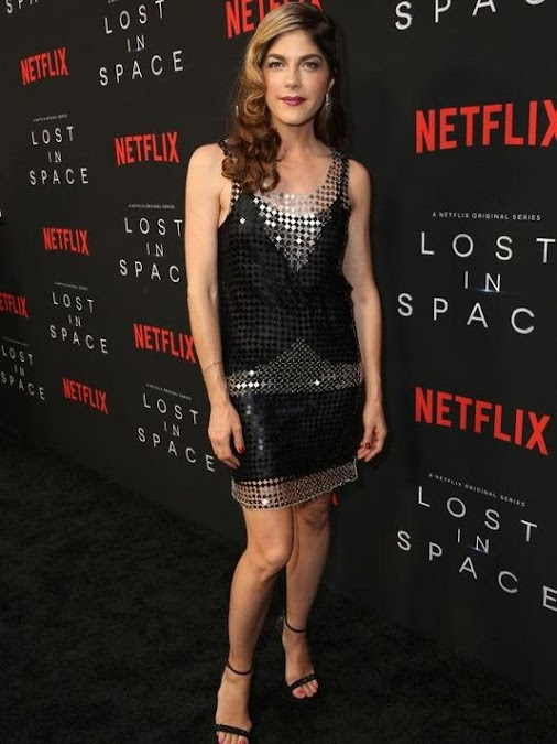 Selma Blair: Cruel Intentions star reveals MS diagnosis selmablair instangram I was in this wardrobe...
