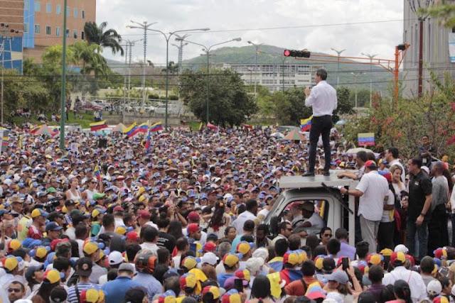 La Madre de las concentraciones de Guaidó en Lara pone a temblar al régimen
