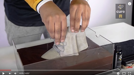best sneakers 97f9c 074d6 Crep Protect Cure test: How to clean Yeezy 750 Boost!