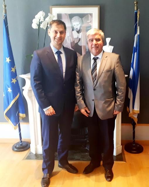 Πρέβεζα: Συνάντηση του Δημάρχου Πρέβεζας κ.Νίκου Γεωργάκου με τον Υπουργό Τουρισμού κ. Χάρη Θεοχάρη