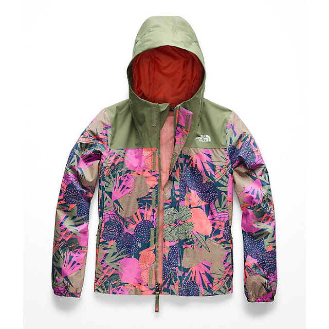 https://go.skimresources.com?id=120386X1580522&xs=1&url=https%3A%2F%2Fwww.moosejaw.com%2Fproduct%2Fthe-north-face-girls-resolve-reflective-jacket_10412713