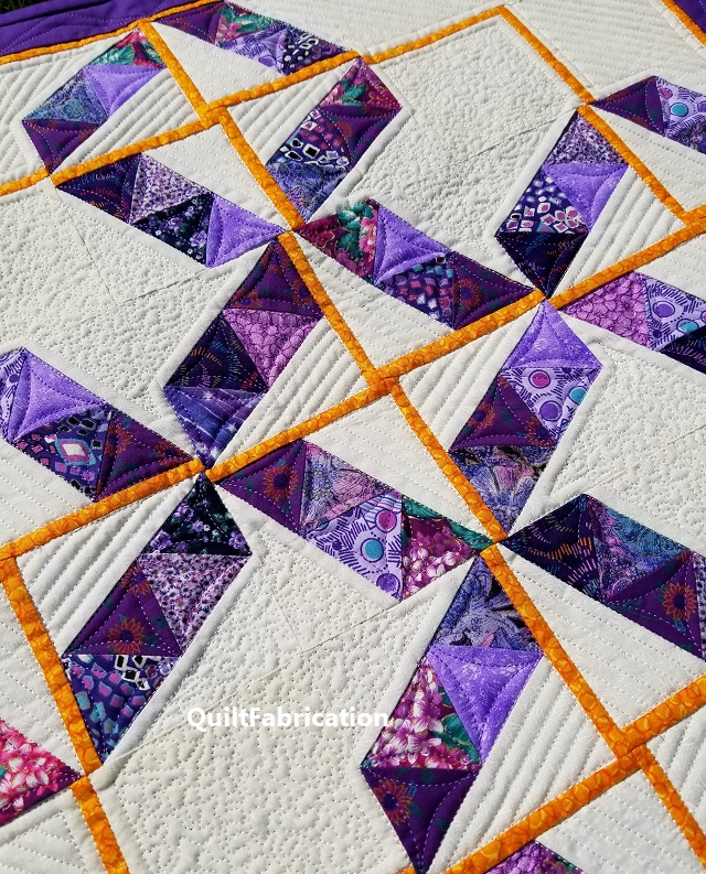 Serendipity quilt center closeup